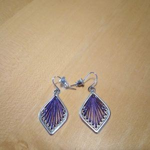 Awesome Buy ! Dangle Earrings w/ purple threading